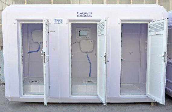 150x390- בקתות שירותים ומקלחות ניידות