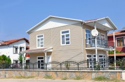בתים יבילים למכירה